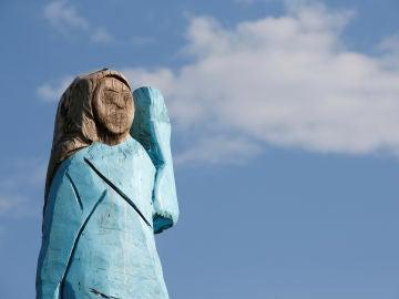 Escultura de Melania Trump en Eslovenia