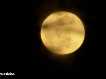 ¿Quién es el dueño de la Luna?