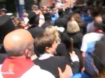 Gritos e insultos en Pamplona en contra del nuevo alcalde de Navarra Suma