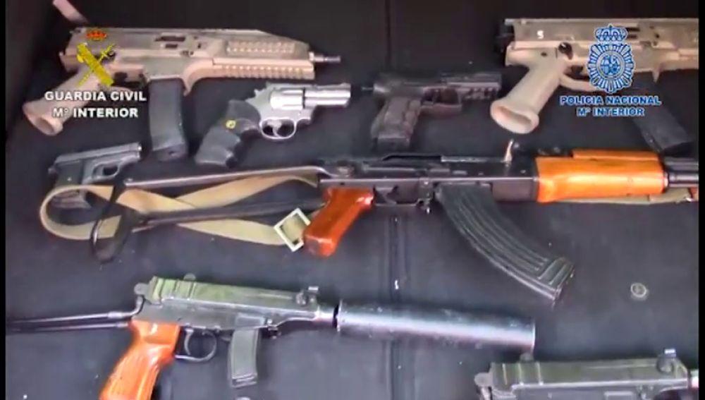 Localizado en Málaga un arsenal de armas del grupo criminal más peligroso de Holanda
