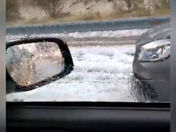 Problemas para el tráfico por granizo en Castilla y León