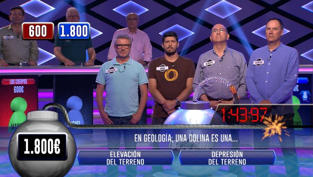 'Los Lobos', a punto de ser eliminados tras fallar seis preguntas en la bomba clasificatoria