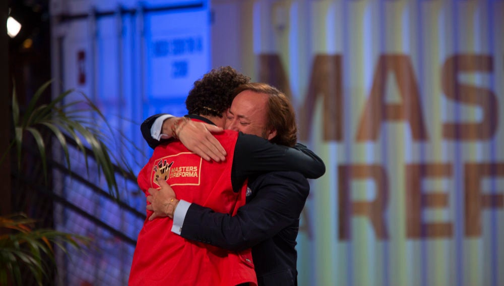 El bonito gesto de Tomás Alía con Antonio que le convierte en el primer 'ganador' de 'Masters de la reforma'