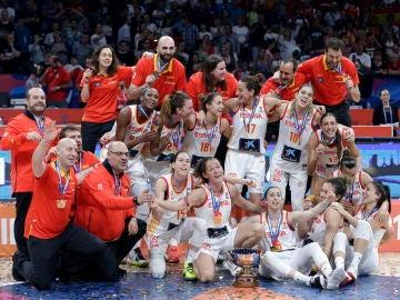 La selección femenina de baloncesto oro en el Eurobasket