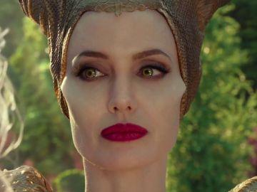 Angelina Jolie en el tráiler de 'Maléfica: Maestra del mal'