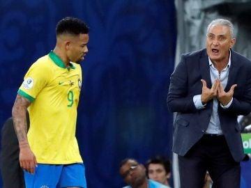 Tite protestó la expulsión de Gabriel Jesús durante la final de la Copa América