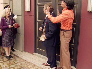 Las 'beatonas' acuden al King's para tratar de evitar la portada de Amelia en la revista Interviú
