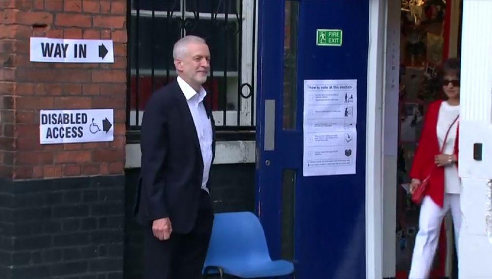 Corbyn pedirá un segundo referéndum y defenderá la permanencia en la UE