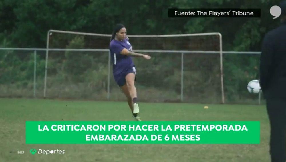 """Sydney Leroux, la futbolista que entrenaba pese a estar embarazada: """"El 99% de mis críticos son hombres"""""""