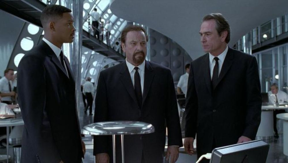 Rip Torn, Will Smith y Tommy Lee Jones en 'Men in Black'