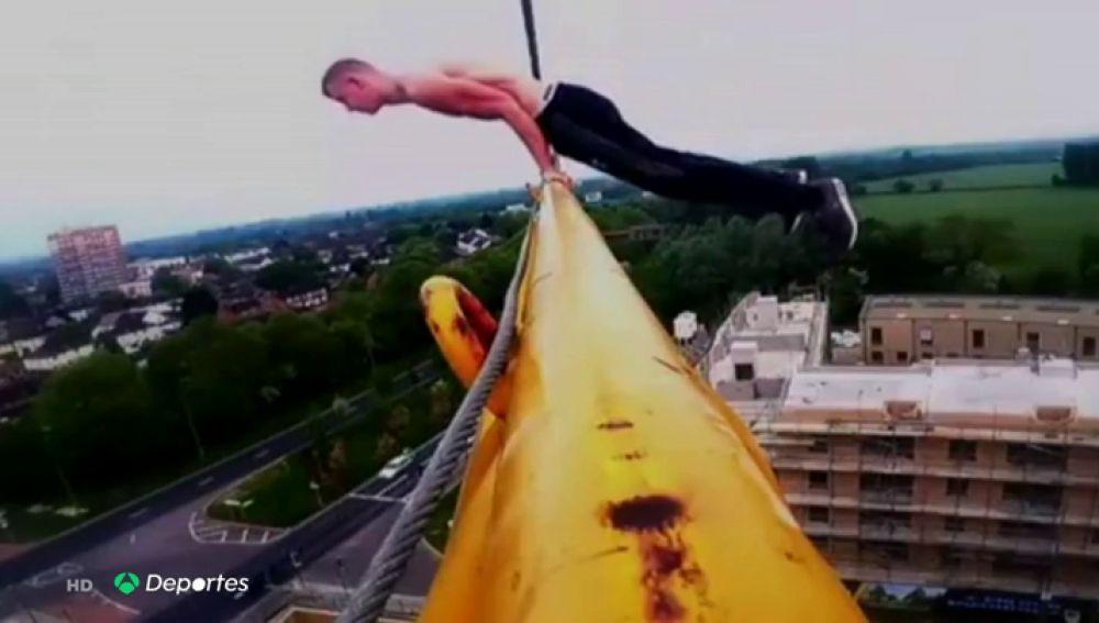 ¿Quién dijo vértigo?: George King, loco por subir a lo más alto