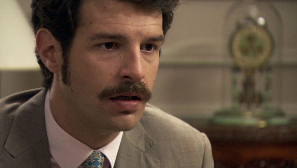 Carlos, a punto de contarle toda la verdad a Mónica