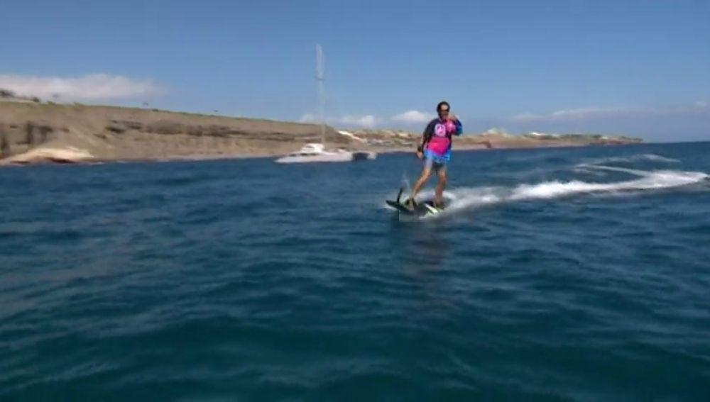 Las tablas de surf eléctricas: el invento que revoluciona el mercado