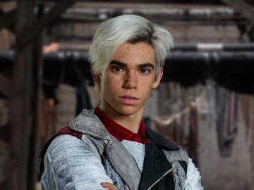 Cameron Boyce como Carlos en 'Los Descendientes'