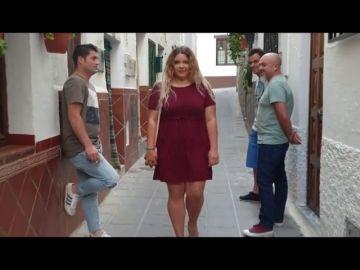"""Un pueblo de Granada lanza una campaña """"Al Revés tú también te asustarías"""" para conciencar sobre el acoso callejero"""