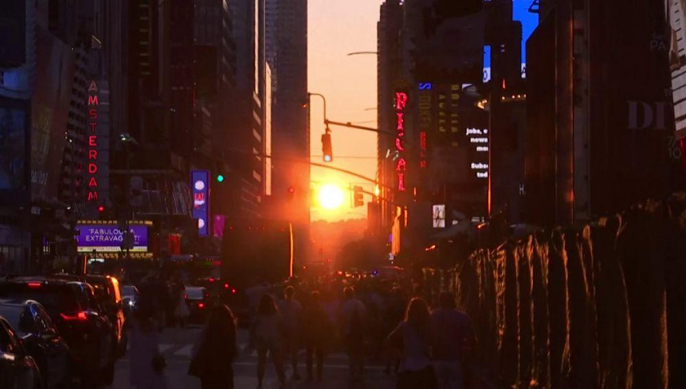 'Manhattanhenge', el impresionante atardecer neoyorkino que solo ocurre dos veces al año