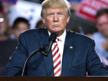 El hombre en la Luna 50 años - Trump promete que EE.UU. colocará su bandera en la Luna y en Marte