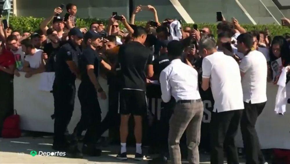 Cristiano Ronaldo desata la locura en su vuelta a los entrenamientos con la Juventus