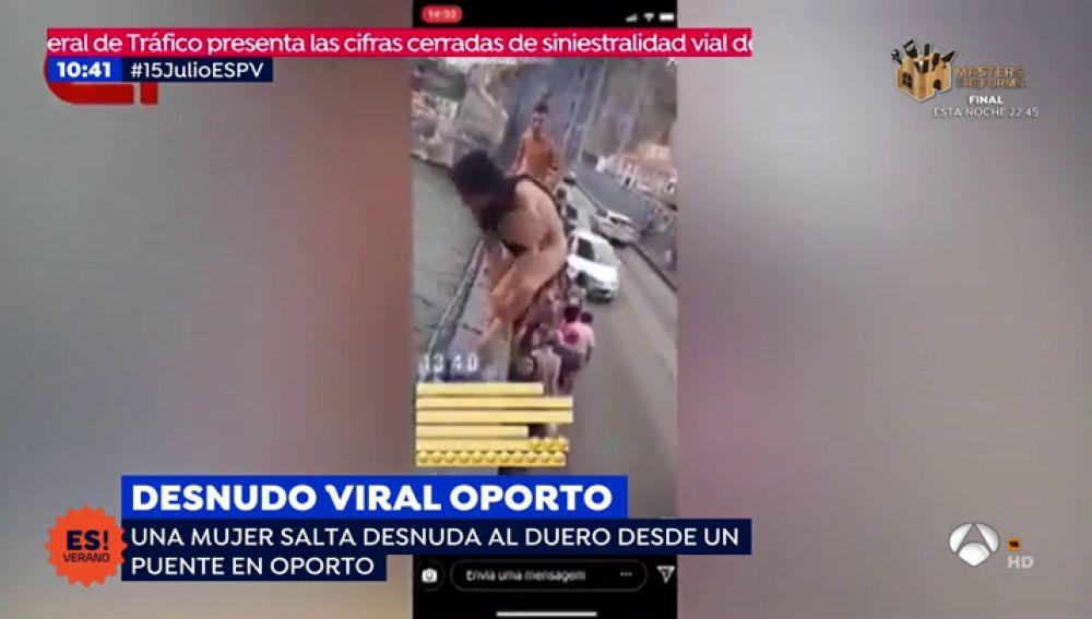 Joven desnuda salta en Oporto