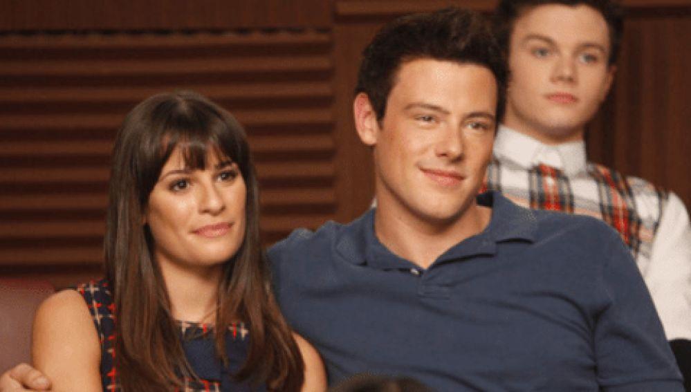 Lea Michele y Cory Monteith como Rachel y Finn en 'Glee'
