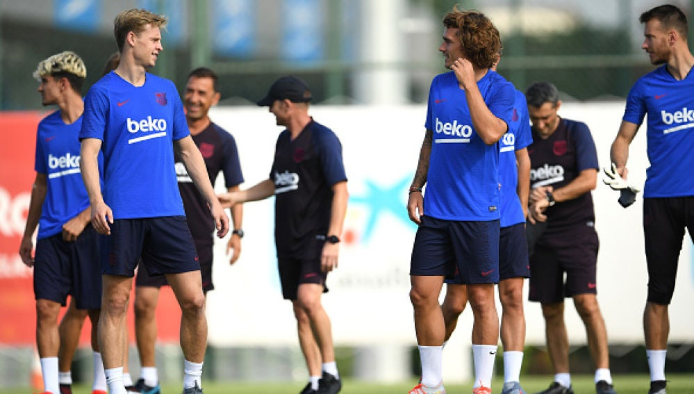 Griezmann, De Jong y Neto entrenan por primera vez como azulgranasGriezmann, De Jong y Neto entrenan por primera vez como azulgranas