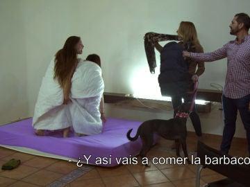 Marina y Desiré reciben una grata sorpresa: una barbacoa con sus familiares