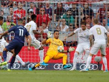 Navas hace una parada en el partido contra el Tottenham