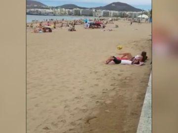 """El vídeo viral en la playa de la futbolista Paula Medina: """"Yo lo hago como algo normal, común"""""""