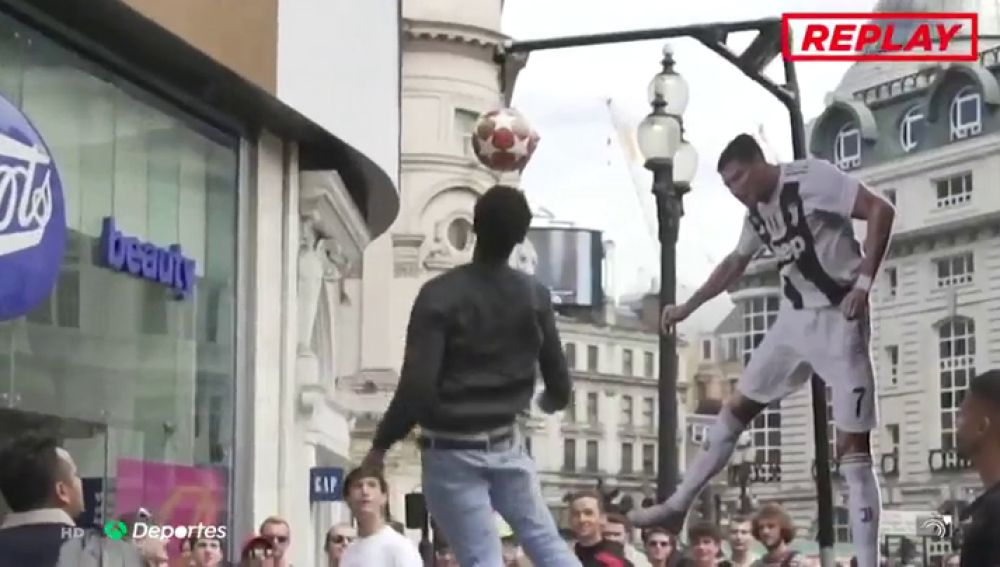 'Ronaldo Header Challenge': dan ¡1.000 libras! si consigues saltar tanto como Cristiano