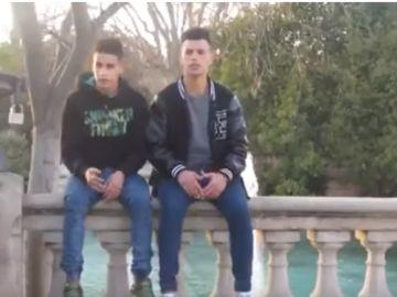 Rap de un grupo de Menas en Barcelona