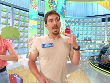 Un concursante hace su presentación en Chino en 'La ruleta de la suerte'