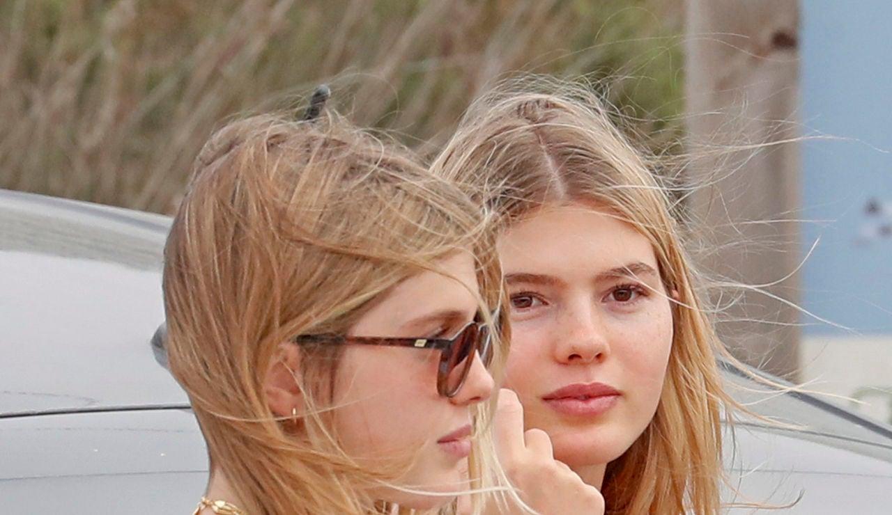 Victoria y Cristina, hijas de Julio Iglesias