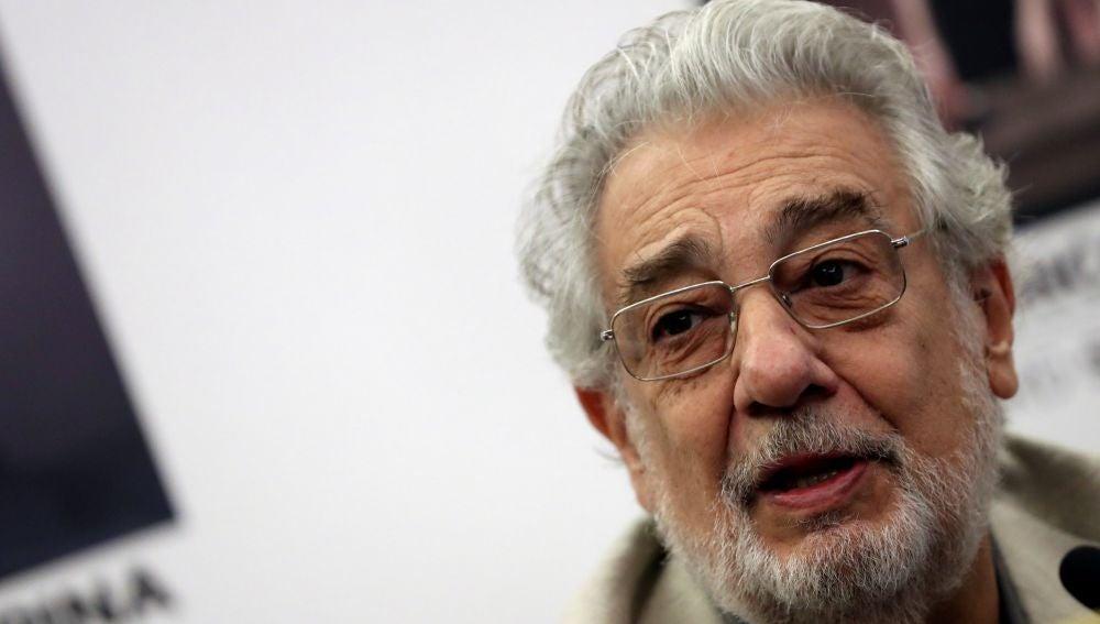 Plácido Domingo, acusado de acoso sexual por nueve mujeres