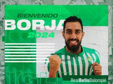 Borja Iglesias ficha por el Betis hasta 2024