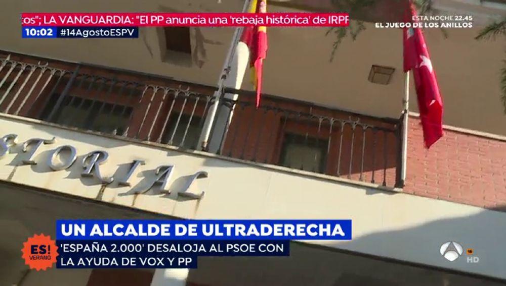 España 2.000 desaloja al PSOE con la ayuda de VOX y PP