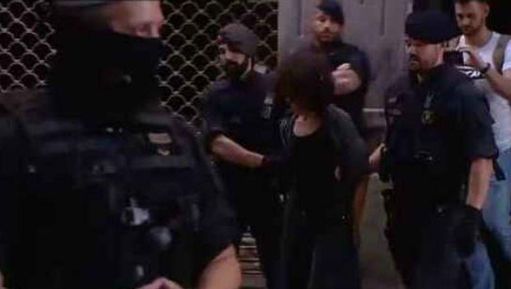 Una de las siete personas detenidas en una operación antidroga
