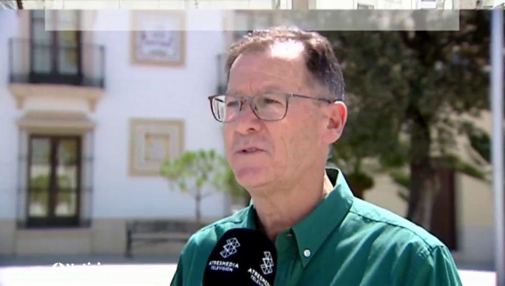 El alcalde de Burguillos, en Sevilla, obligado a patrullar las calles porque el 80% de los policías están de baja