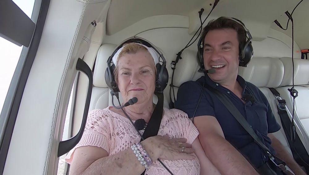 """El sueño cumplido de María: vuela en helicóptero para descubrir unas vistas de Río de Janeiro que no las hay """"ni en Fuengirola"""""""