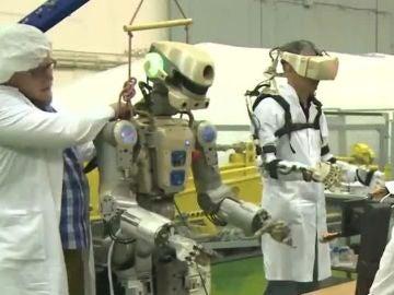 El robot humanoide que Rusia prepara para lanzar al espacio