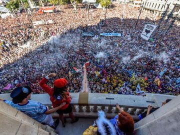 El momento del chupinazo en las fiestas de Bilbao