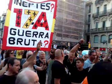 Los CDR reclaman ante la Sagrada Familia explicaciones sobre los atentados en Cataluña