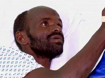 """""""Eramos 15 en el barco y solo yo estoy vivo. Dios envió a los malteses para salvarme"""", cuenta Mohamed"""