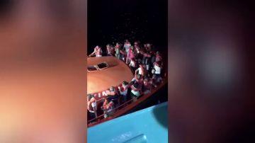 Desalojado un ferry al encallar cuando llegaba al puerto alicantino de Denia