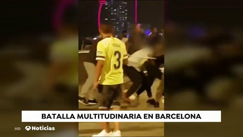 Barcelona se convierte en un polvorín con trifulcas constantes