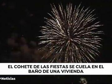 Un cohete revienta parte del tejado y causa daños en el interior de una vivienda durante las fiestas de Marín en Pontevedra