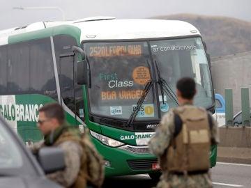 La Policía mata a tiros al secuestrador de un autobús de pasajeros en Río de Janeiro