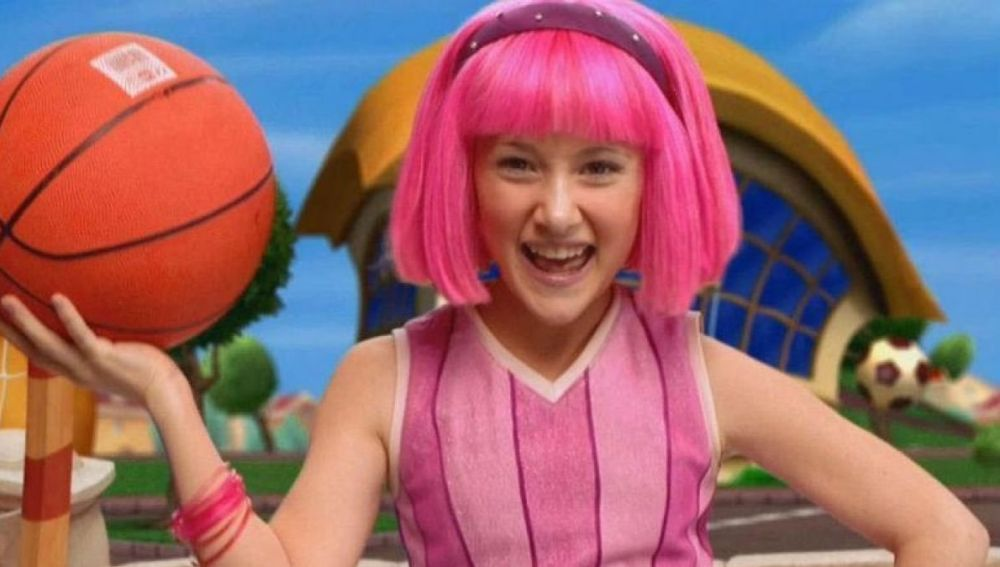 Julianna Rose Mauriello como Stephanie en 'Lazy Town'