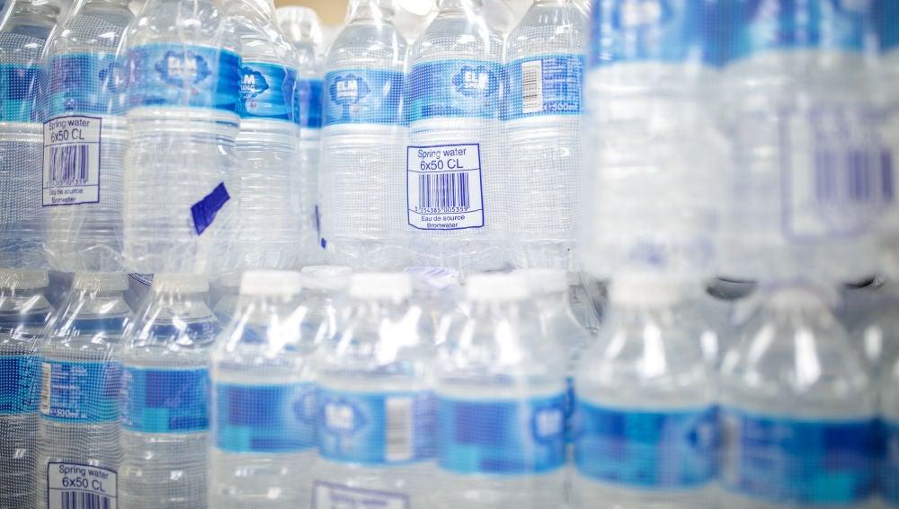 El Aeropuerto de San Francisco prohíbe las botellas de plásticos