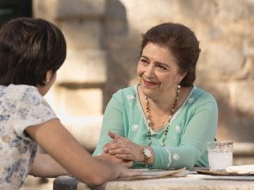 Francisca y María mantienen la esperanza de que Puente Viejo sobreviva