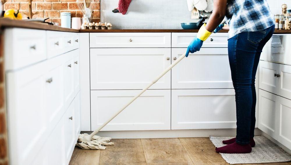 Trucos para limpiar la casa tras volver de vacaciones